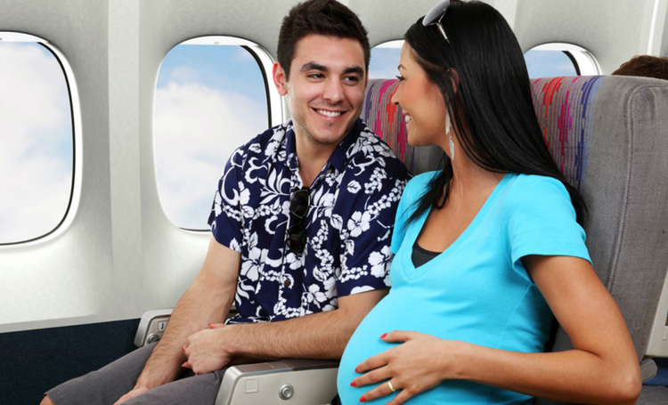 pregnant on a plane